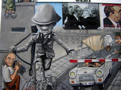 Fototapeten,graffiti,wandbild,berlin,wand