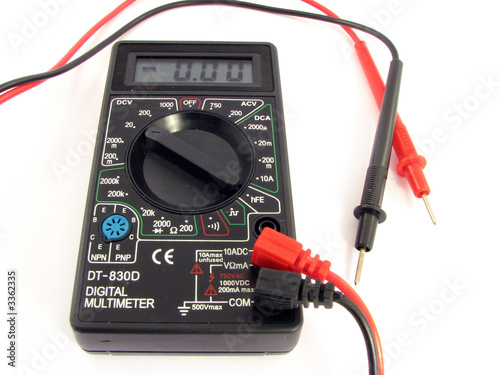 digital multimeter 4