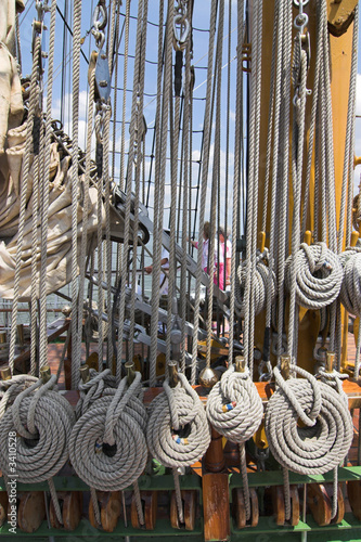 ropes of sailing ship