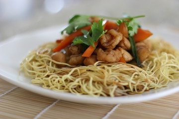 asian crispy pan-fried noodles