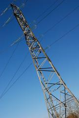 pylône electricité haute tension