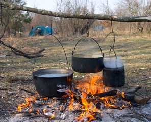 boild water in pot