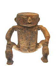golden figurine of pre-hispanic culture.