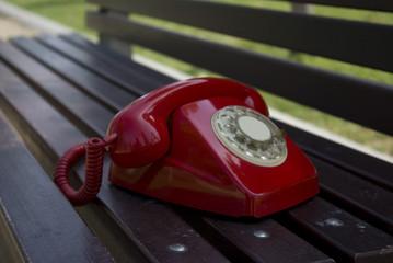 telefono rojo