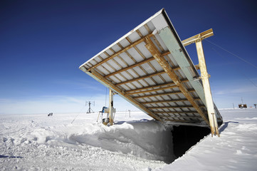 opening near antarctic research station