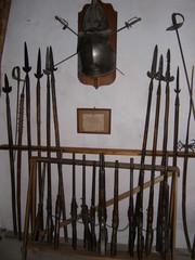 waffenkammer einer alten burg