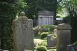 Der alte Friedhof vor der Kirche