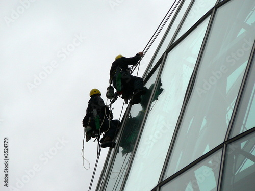 extreme windows cleaners sage gateshead