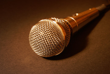 microphone in gold