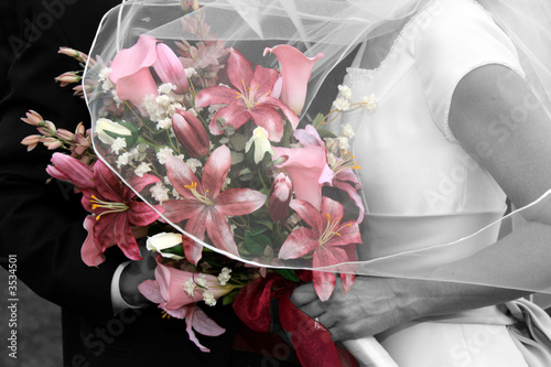 Pink Rose Bouquet with Bridal Couple