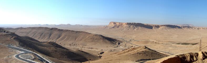 I monti del deserto Siriano