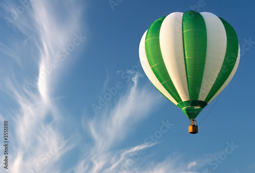 Single hot air balloon
