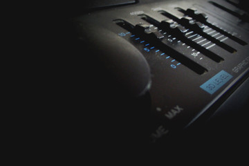 Audio knob and Equalizer