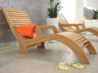 sunbed towel and  sandals flipflop