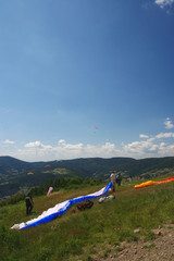 Gliders preparing to start