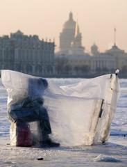 Winter  fishing on Niva river