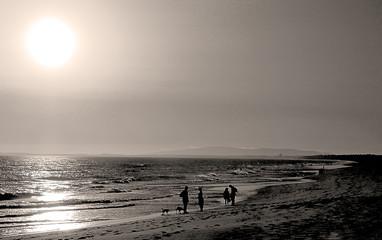 Silhuetas na Praia