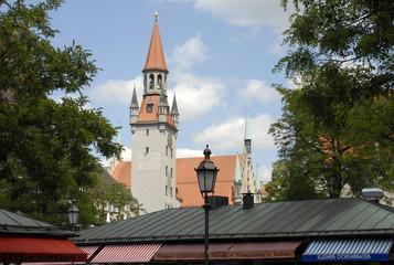 Peterskirche vom Viktualienmarkt