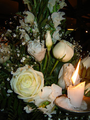 Flores e vela