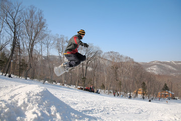 jump of snowboarder