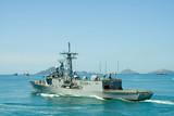 Fototapete Krief - Verteidigung - Motorboot