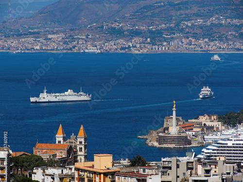 Messina panoramica sullo Stretto ed il porto