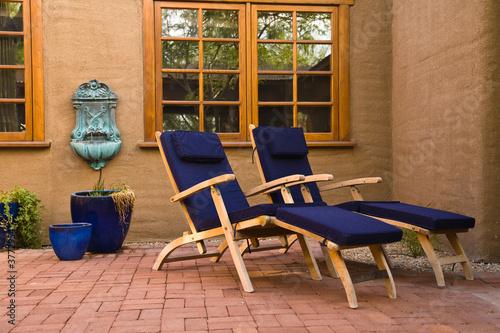 Leinwanddruck Bild Relaxing courtyard