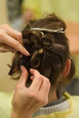 détail de coiffure de mariée