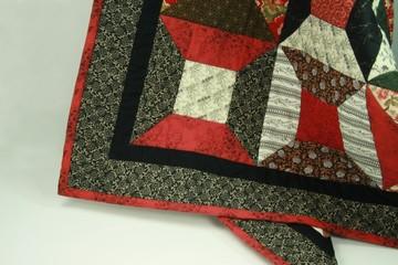 spool quilt detail border 01
