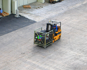a worker loading of cargo