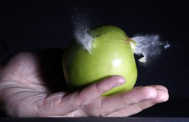 apple shot