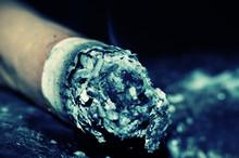Popielniczka papierosów