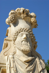 statue cornucopia