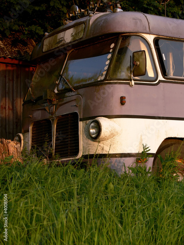 Old Tourbus