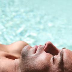 Bronzage à la piscine #6