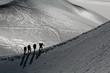 canvas print picture - Alpinistes sur une arete