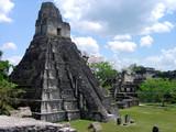 guatemala tikal pyramide maya flores peten amerique centrale