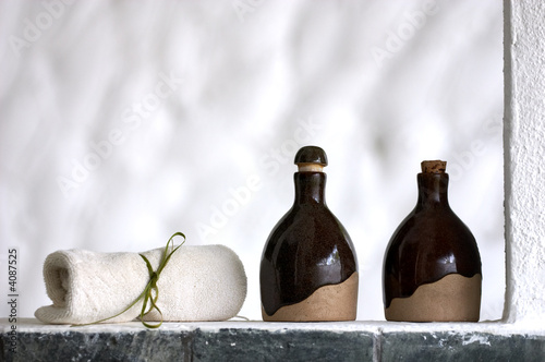 Shampoo, body lotion and towel - 4087525