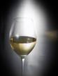 Copa de vino blanco.