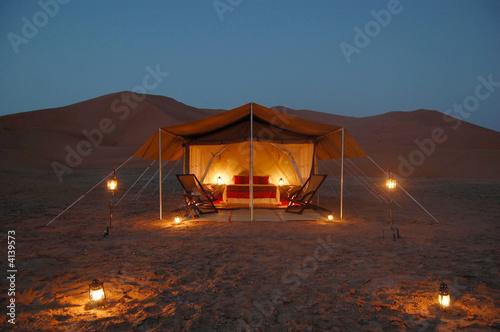 Deurstickers Zandwoestijn Desert lodge
