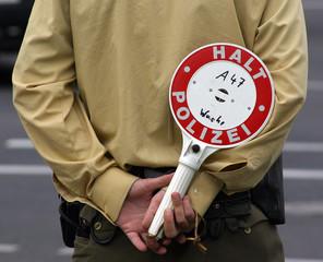 Halt Polizei 2