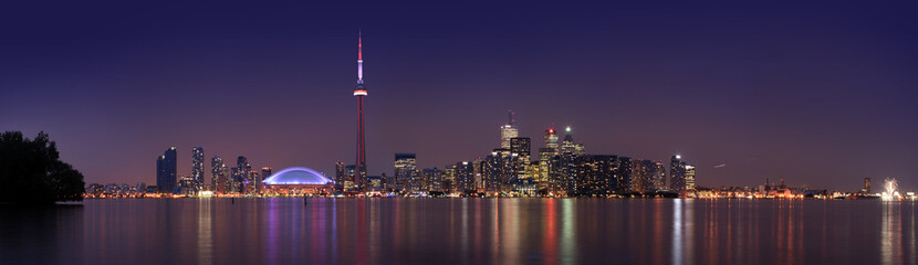 Toronto skyline at dusk (8:10 at night)