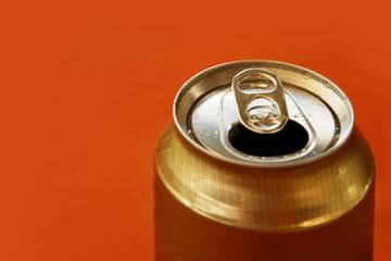 lata de cerveza - refresco