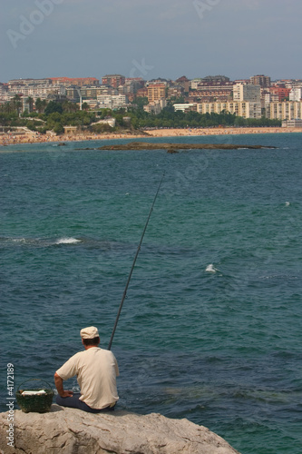 The fisherman and the city