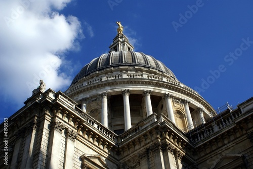 dome of saint paul's cathedral