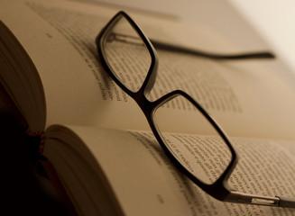 libro occhiali 02