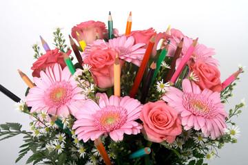 Bunter Blumenstrauss mit Farbstiften