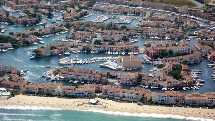 port grimaud coté plage