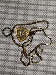 chaine et pendentif en or