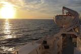 Ferry au couchant